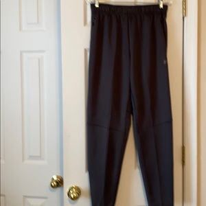 Men's joggers with tapered legs. Size32-34